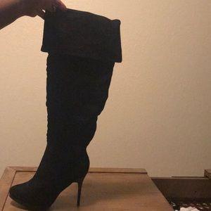 4 in stiletto black knee highs